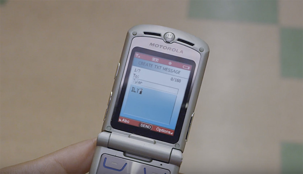 The Foldable Phone Craze May See the Return of the Motorola Razr