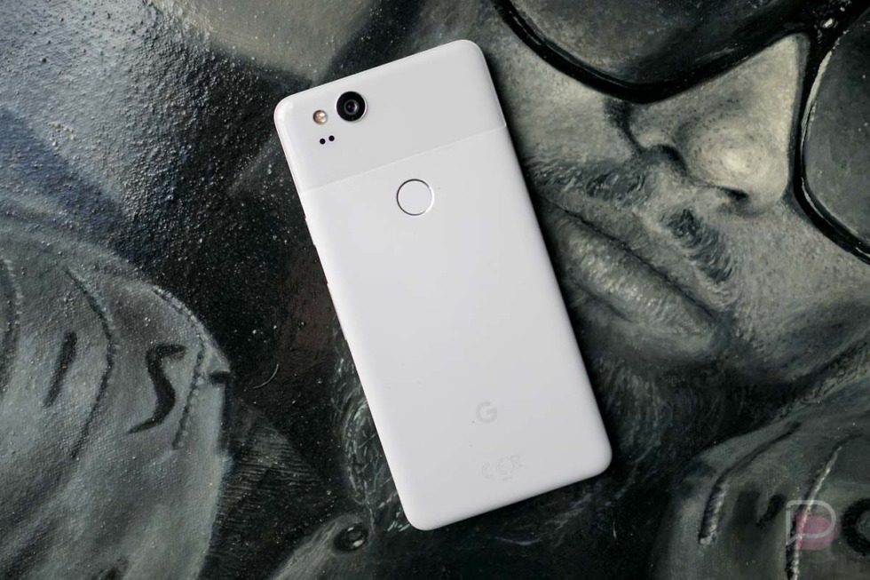 Google eyeing brick and mortar stores in India to push Pixel