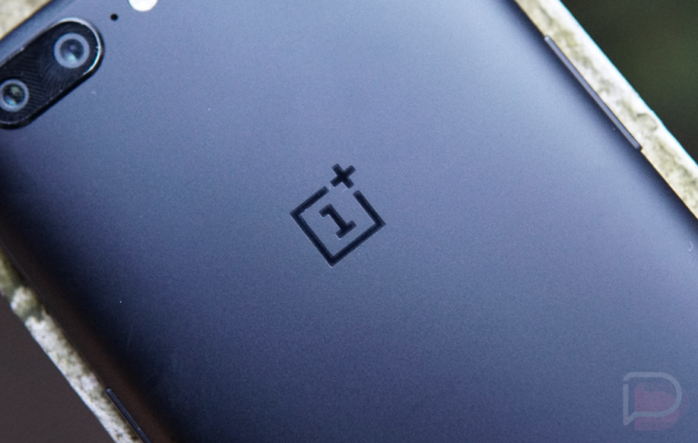 OnePlus website hacked? Firm confirms investigation amid card fraud complaints