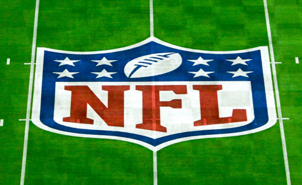 Verizon may sign new deal with National Football League to expand game streaming rights