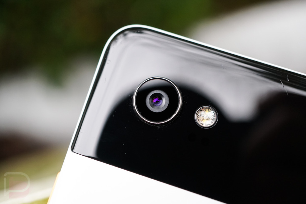 Google Pixel 2 Users Complain About Overheating And Battery Charging Issues
