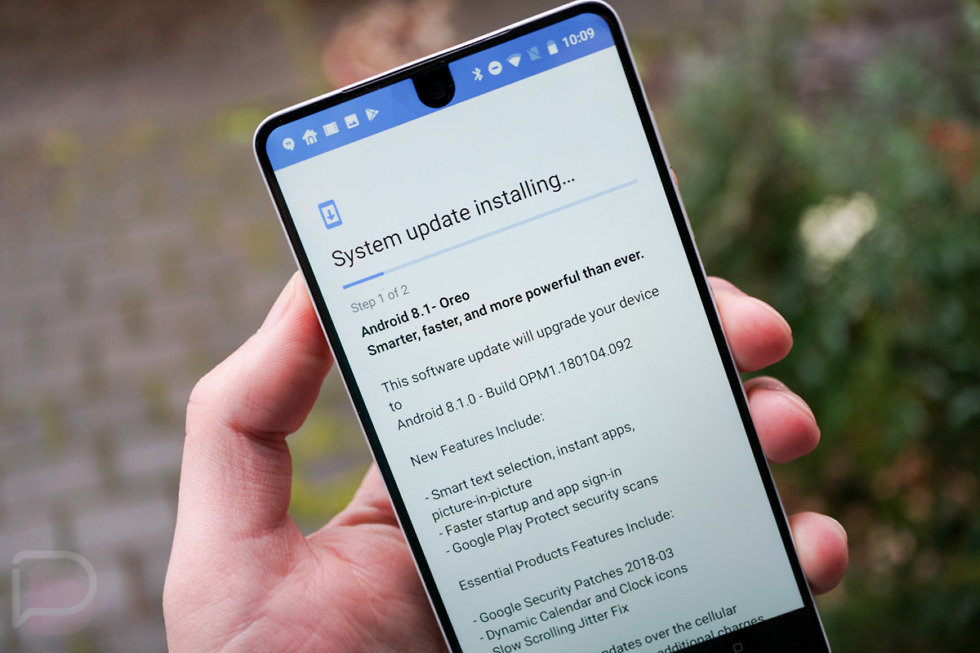 Stable Android 8.1 Oreo rolling out to the Essential Phone