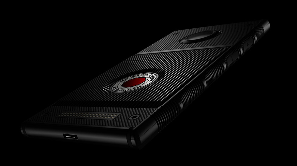 RED Will Launch the Hydrogen One on AT&T and Verizon This Summer