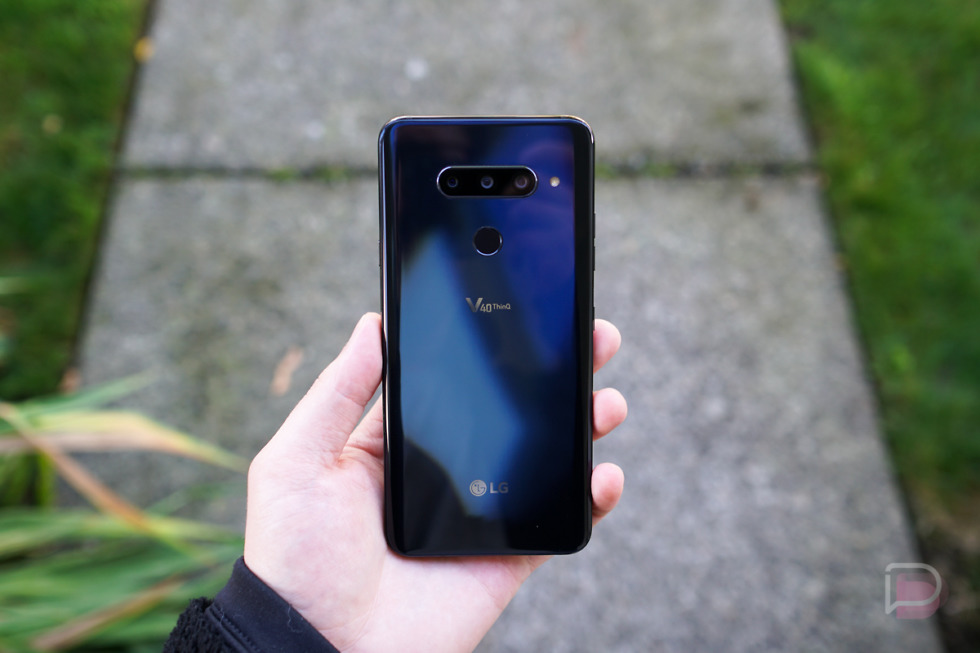 LG V40 ThinQ smartphone with five cameras, Watch W7 announced