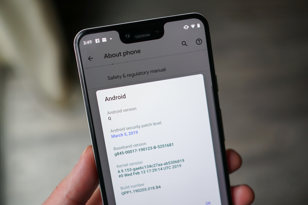 Android Q wants you to see the notch everywhere, even in screenshots