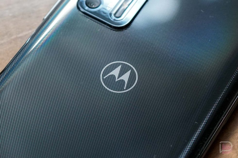 Snapdragon 865-powered Motorola Nio passes by the FCC